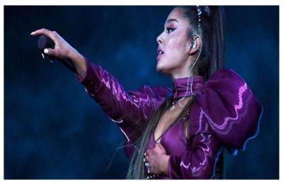 Ariana Grande gets hit with lemon during her Coachella concert, WATCH here