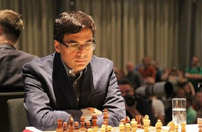 Viswanathan Anand in joint-lead with Magnus Carlsen in Grenke Chess tournament