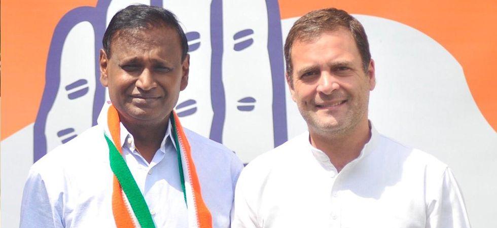 Agitated BJP MP Udit Raj joins Congress in presence of Rahul Gandhi
