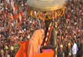 Modi in Varanasi Live | PM begins mega roadshow paying tributes to Madan Mohan Malaviya