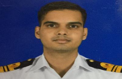 Navy's Lieutenant Commander dies in fire onboard INS Vikramaditya in Karnataka