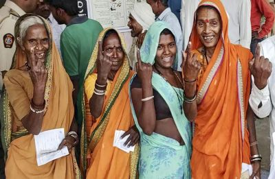 Lok Sabha Polls: 5 Bihar constituencies witness 58.92% polling in Phase 4