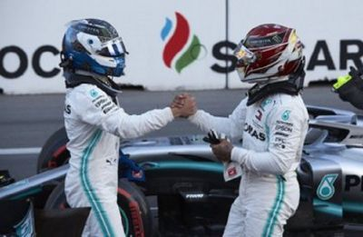Valtteri Bottas holds off Lewis Hamilton, wins Azerbaijan Formula One Grand Prix
