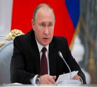 Vladimir Putin floats 'common citizenship' for Russians, Ukrainians