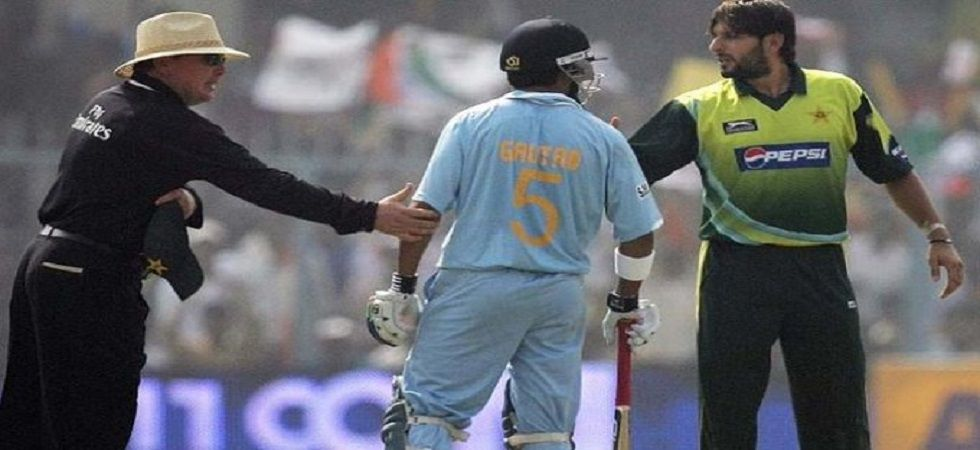 Gautam Gambhir and Shahid Afridi continued their war of words following the release of the former Pakistani allrounder's autobiography 'Game Changer' . (Image credit: Twitter)