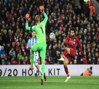 Liverpool go on top of Premier League, Mohamed Salah suffers injury