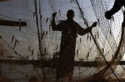 Pakistan Maritime Security Agency detains 30 Gujarat fishermen, seizes 6 boats