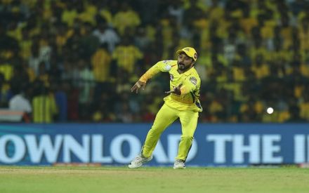 Kedar Jadhav's World Cup hopes hanging by a thread after shoulder injury vs Kings XI Punjab