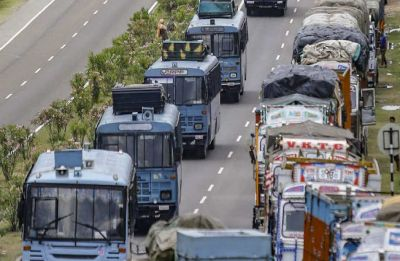 Ban on civilian traffic on Srinagar-Udhampur highway partially lifted, to continue only on Sundays