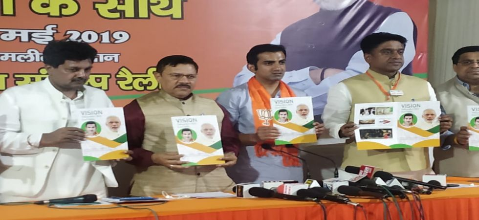 Gautam Gambhir has promised cleaning of the Yamuna and solutions to the Ghazipur landfill are also part of the BJP vision document for East Delhi. (Image credit: News Nation)
