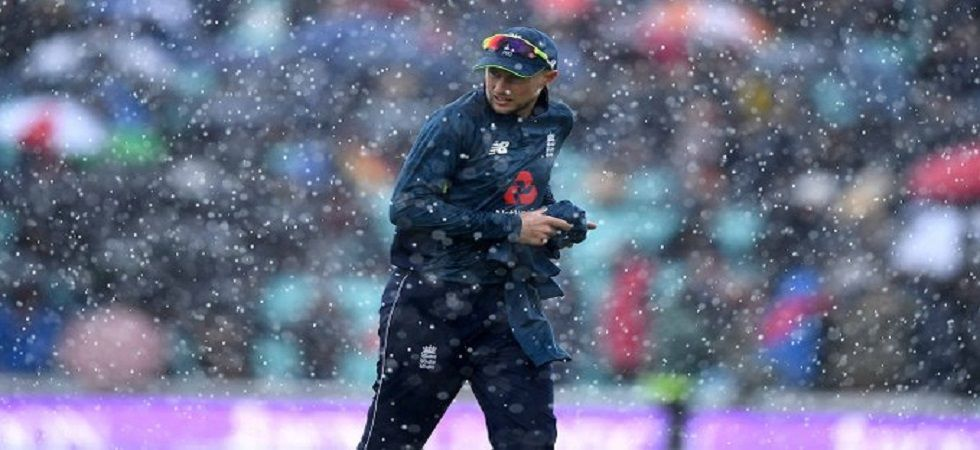 England's ODI against Pakistan at the Kennington Oval was abandoned after 19.2 overs due to rain and wet outfield. (Image credit: Twitter)