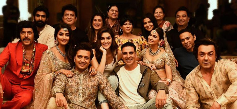 Housefull 4 has roped in THIS star for play exorcist in special dance sequence