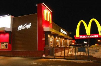 McDonald's strikes is India partner Vikram Bakshi, to operate outlet itself