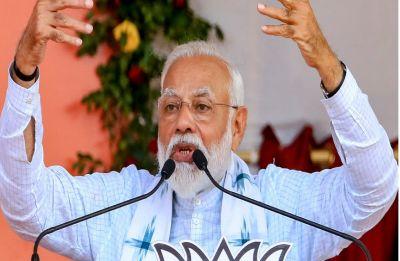 Hua toh hua: These 3 words reflect Congress' arrogance, Modi on Pitroda's 1984 riots remark