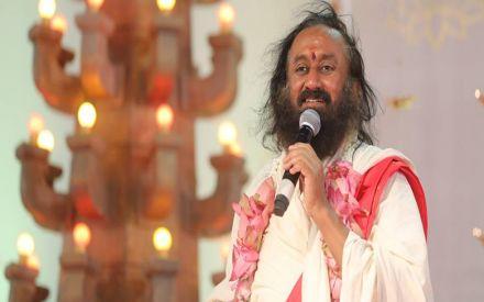Sri Sri Ravi Shankar turns 63, know why spiritual leader is known as 'Break Fast Guru'