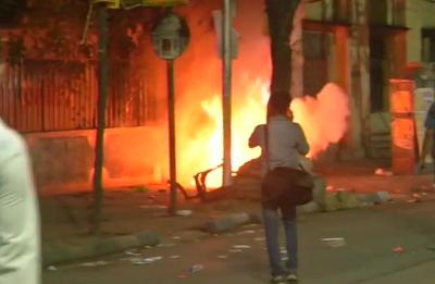 Kolkata on boil: Clashes during Amit Shah roadshow, Mamata calls BJP president 'goonda'