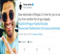 Farhan Akhtar asks Bhopal electorate to #ChooseLoveNotHate 7 days after polls; trolled big time
