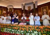 Lok Sabha Elections 2019 LIVE | PM Modi to meet mother Heeraben in Ahmedabad today