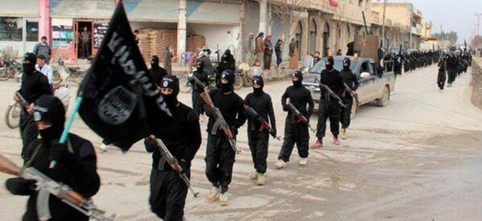 ISIS Jihadist (Photo Credit: Twitter)