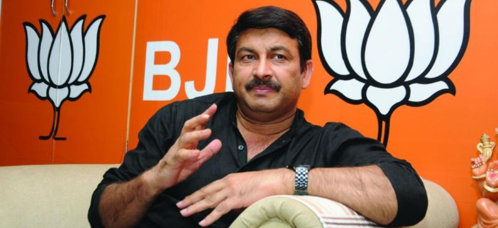 Manoj Tiwari slams AAP's free Metro ride announcement (Photo Credit: Twitter)