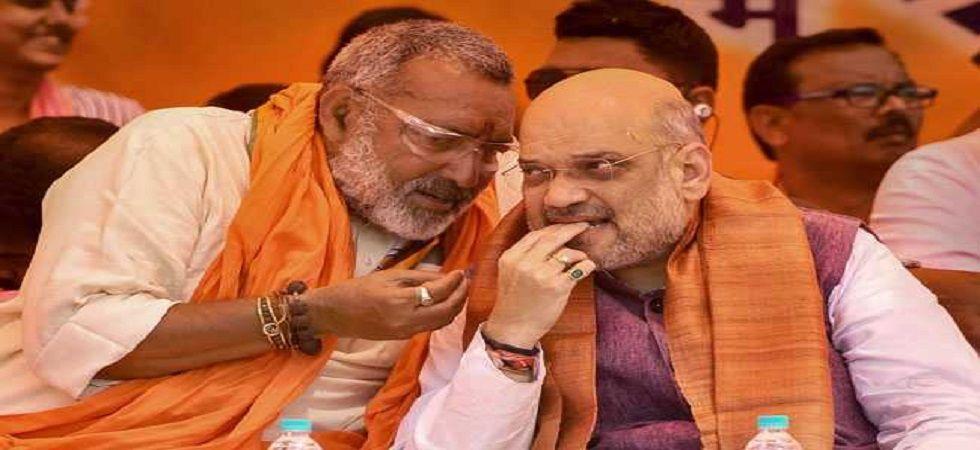 'Avoid making statements': Amit Shah tells Giriraj Singh after his tweet on Nitish Kumar attending 'Iftar' party