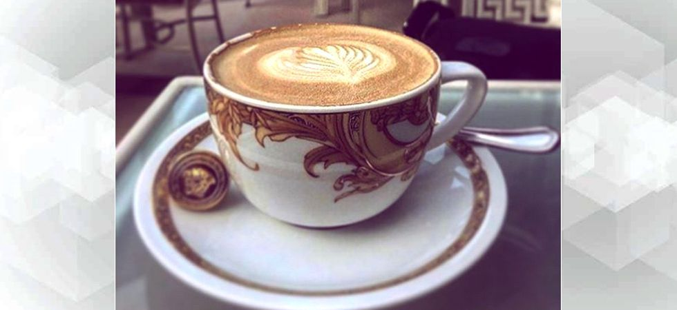 Can drinking 25 cups of coffee stiffen your arteries?