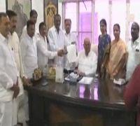 Telangana Speaker recognises merger of 12 Congress MLAs with TRS