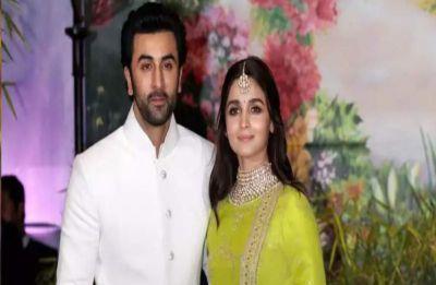 Lovebirds Alia Bhatt and Ranbir Kapoor seek blessings at Kashi Vishwanath temple, see PIC