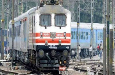 4 passengers aboard Kerala Express die in UP's Jhansi