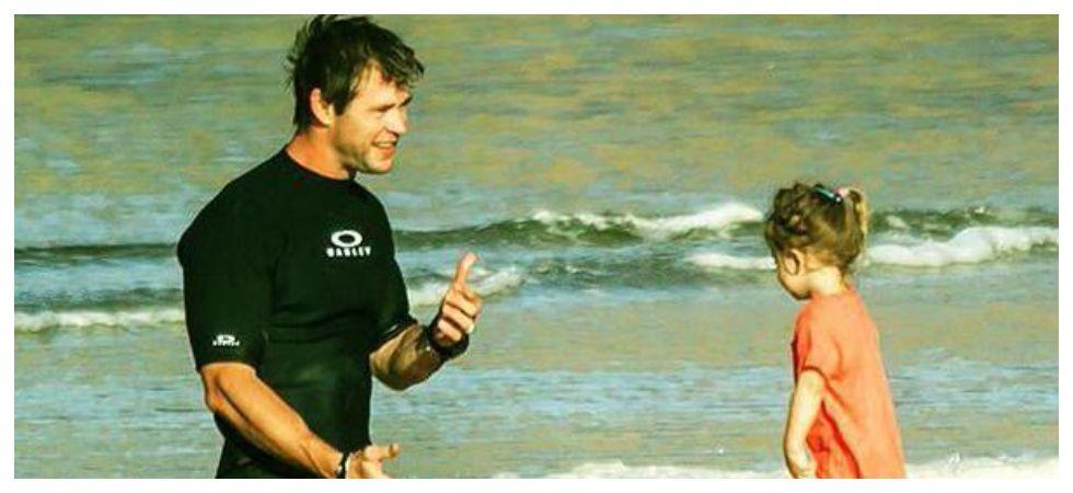 Chris Hemsworth with daughter India (Photo: Twitter)