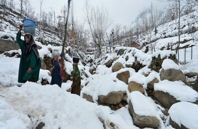 Amid intense heatwave conditions, rain, snowfall bring relief in Jammu and Kashmir