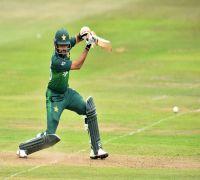 Babar Azam prepares for India clash by watching Kohli's batting videos