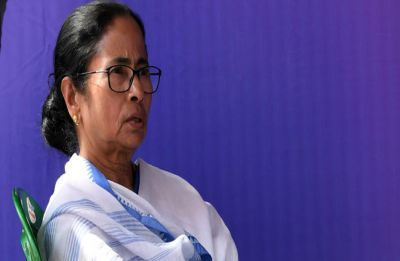 Mamata Banerjee agrees to meet junior doctors today, but without media's presence: Sources