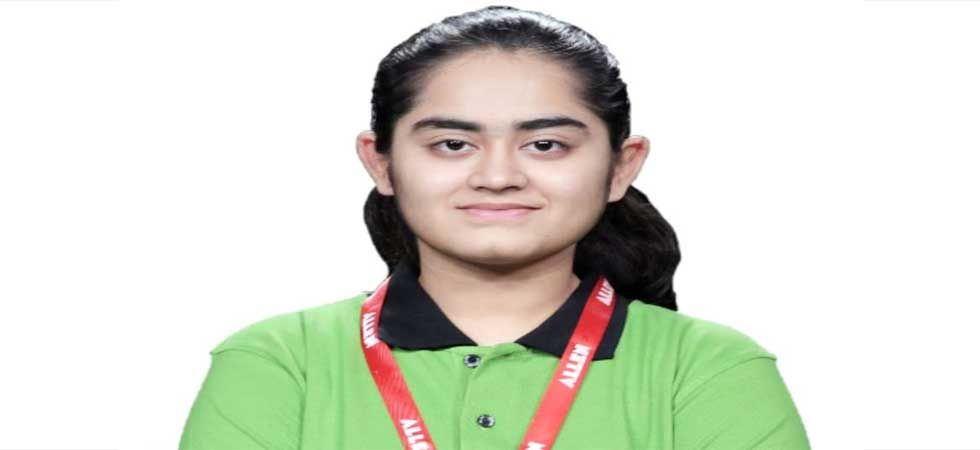 Surat's Stuti Khandwala cracks NEET, JIPMER, AIIMS and JEE, takes up 90% scholarship offer at MIT