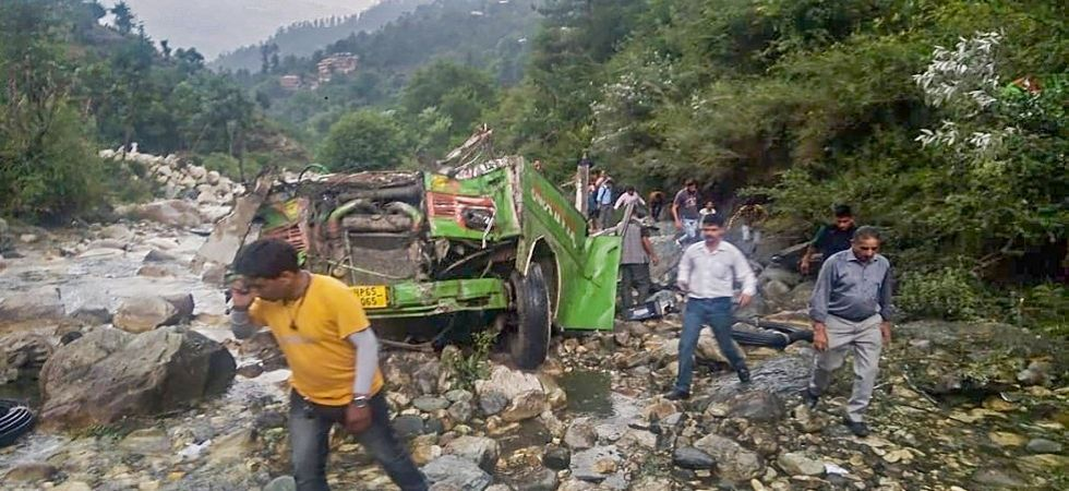 Bus fell into gorge in Himachal Pradesh (Photo Source: PTI)