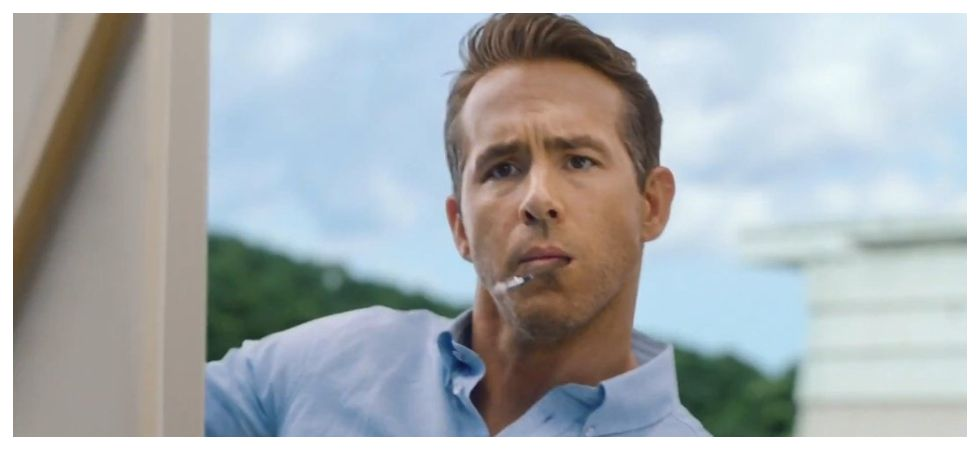 Ryan Reynolds writes review for his own gin brand (Photo: Twitter)