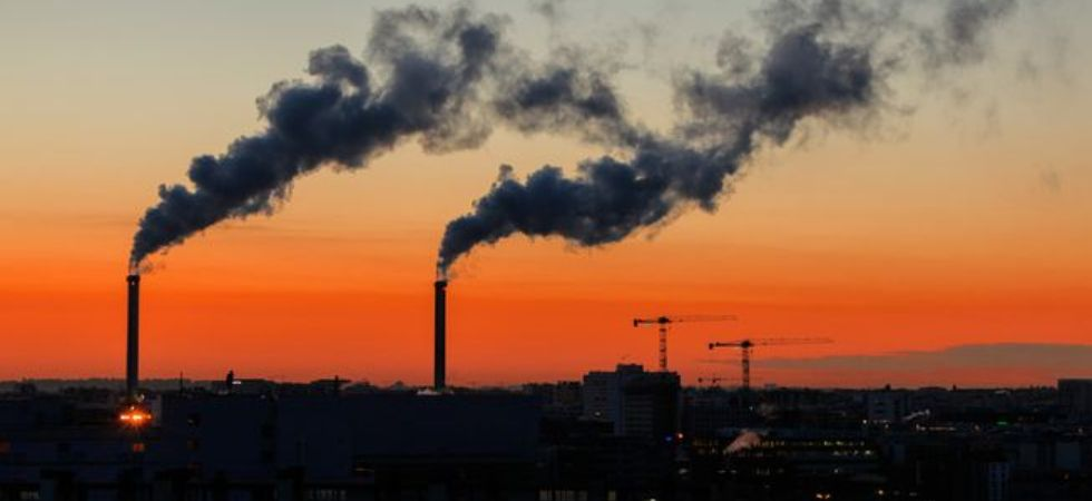 Air pollution linked to heart disease, stroke risk.