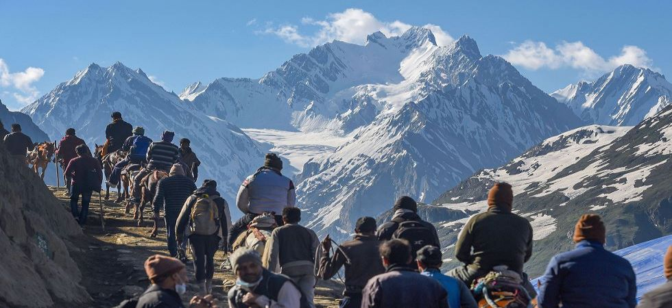 Devotees on their way to the holy cave shrine of Amarnath in Baltal (Photo Source: PTI)