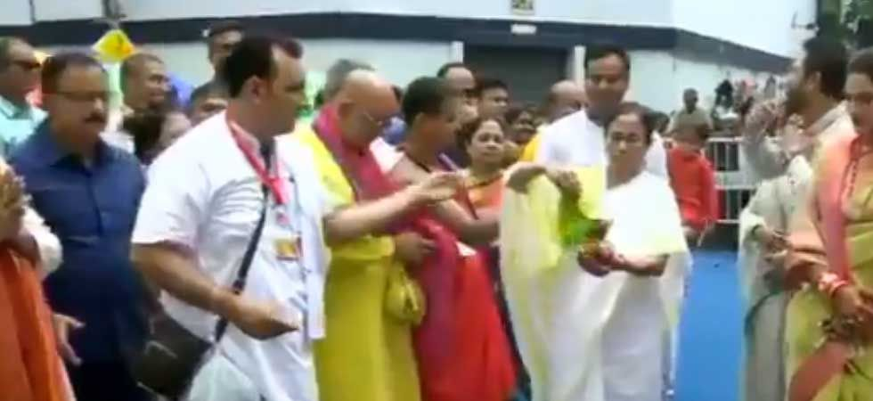 Mamata Banerjee took part in Jagannath Rath Yatra in Kolkata.