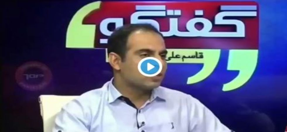 Pakistani anchor confuses mobile phone behemoth Apple Inc with fruit, gets trolled!