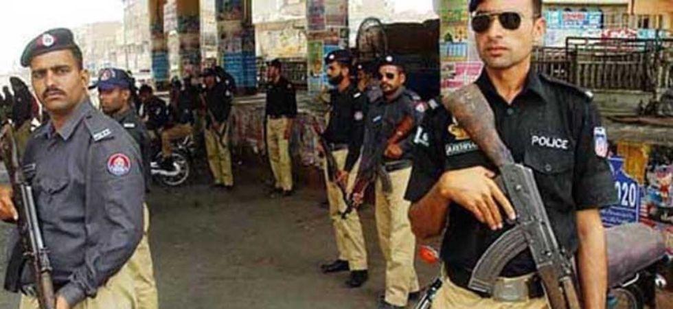 Pakistan police (Photo Credit: Twitter)