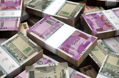 Closing Bell: Rupee gains 15 paise to 68.51 against US dollar