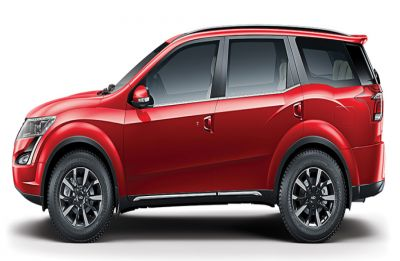 Mahindra XUV500 finally gets Apple CarPlay connectivity system: Know more