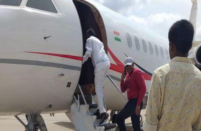 Congress rebel lawmaker MTB Nagaraj takes U-turn, flies to Mumbai with BJP leaders