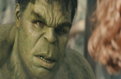 Wait, WHAT! This actor doesn't LIKE Mark Ruffalo's 'Hulk'