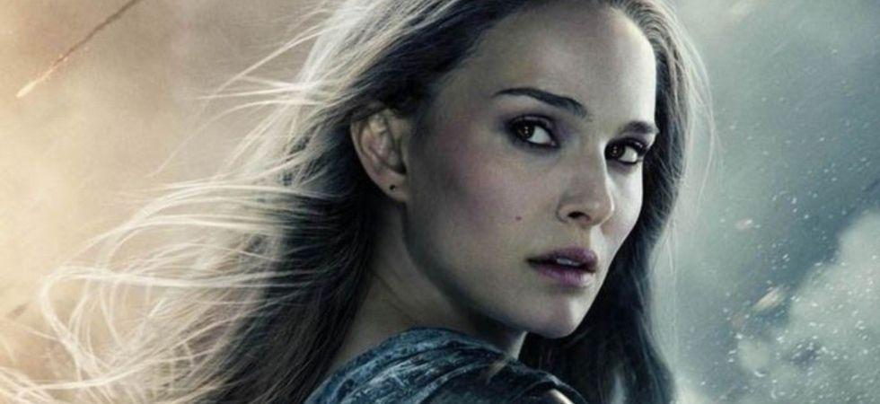 Natalie Portman  gets Mjolnir; to become Thor in movie's fourth installment