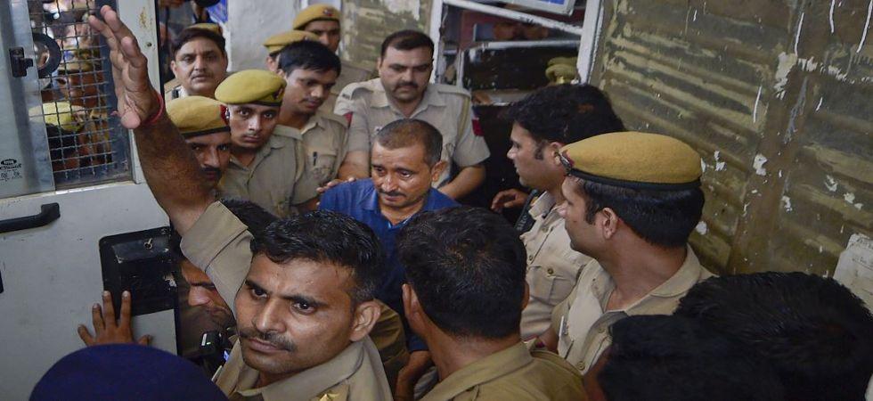 Expelled BJP MLA and Unnao rape accused Kuldeep Singh Sengar is being taken to Tihar jail (Photo Source: PTI)