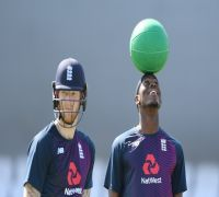 WATCH - Jofra Archer copies Steve Smith's batting in practice in Headingley