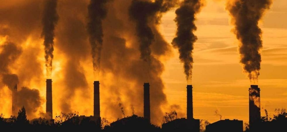Air pollution linked to risk of premature death.