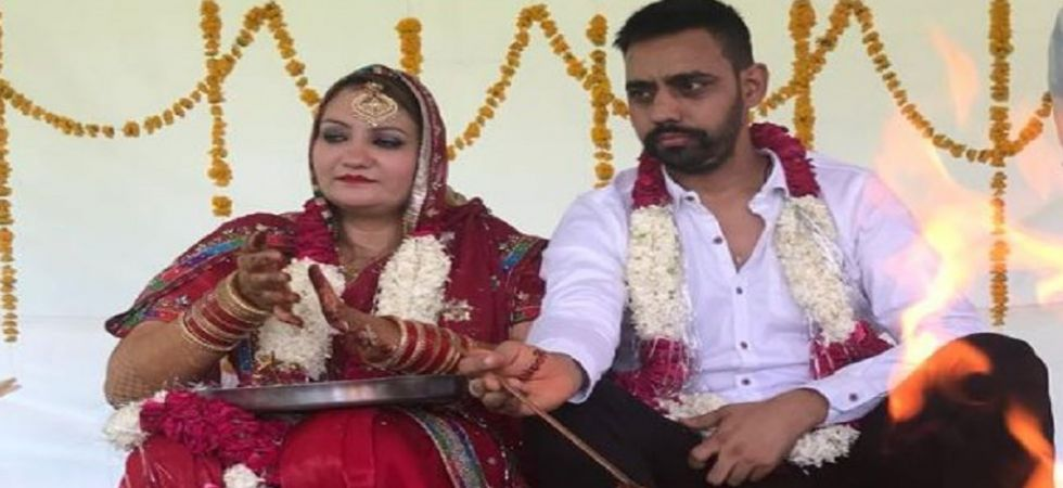 Gangster Vikramjit Singh marries air hostess girlfriend Gurjeet Kaur (Photo Source: YouTube screen grab)